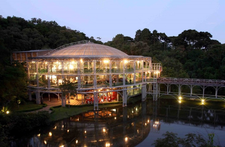 A Ópera de Arame foi eleita uma das Sete Maravilhas Brasileiras pelo site de hospedagem Hoteis.com. A pesquisa foi feita em novembro de 2011 com os visitantes cadastrados no site. Foto:Orlando Kissner/SMCS(arquivo)